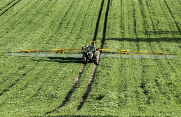 Counterfeit pesticides cost €1.3bn per year in the EU, says report