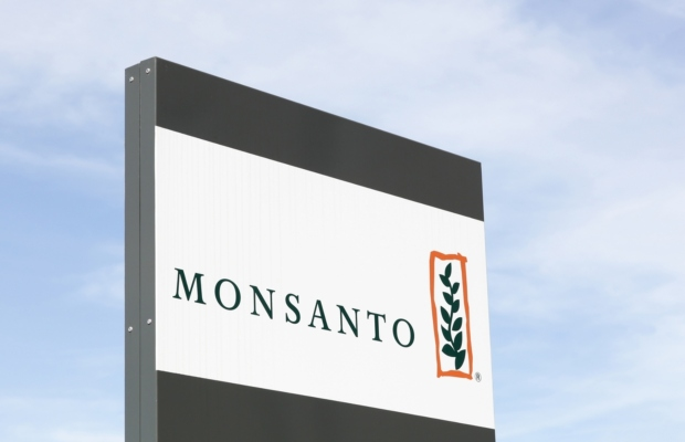 US charges ex-Monsanto employee with stealing trade secrets for China