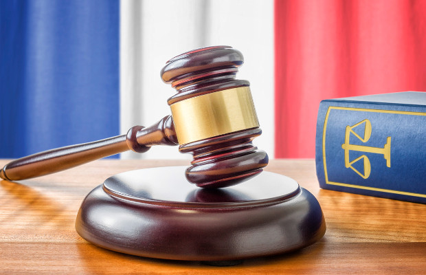 French court knocks out Gilead Truvada SPC